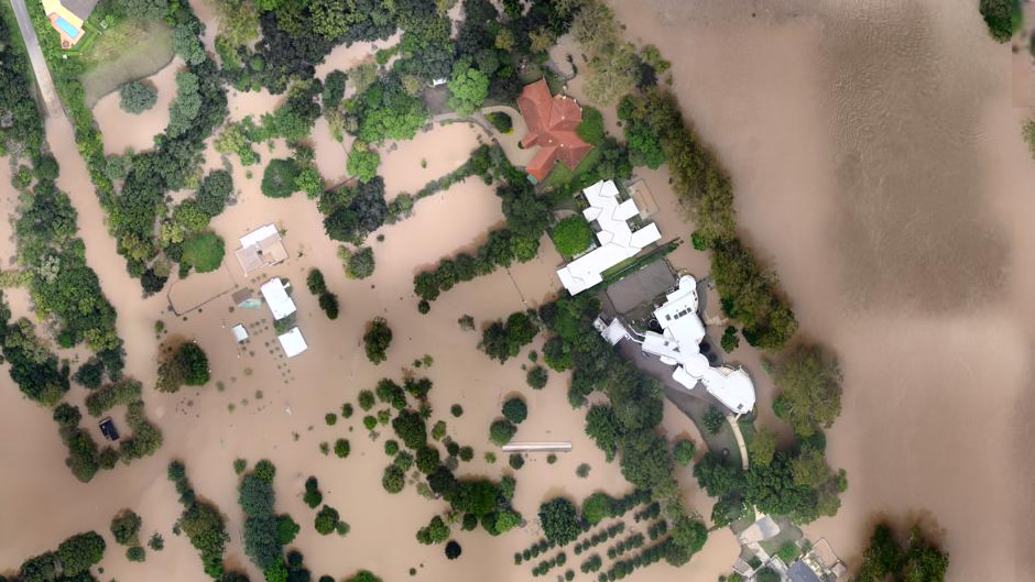 Homes in Fig Tree Pocket (after flooding)